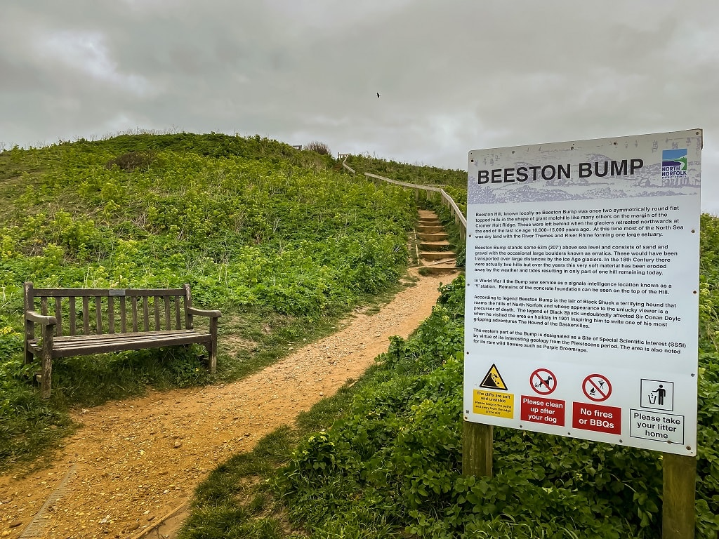 bench and sign for beeston bump